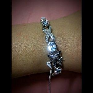Crafters Jewelry - New 8 Blue Topaz Stone studded Silver Bracelet